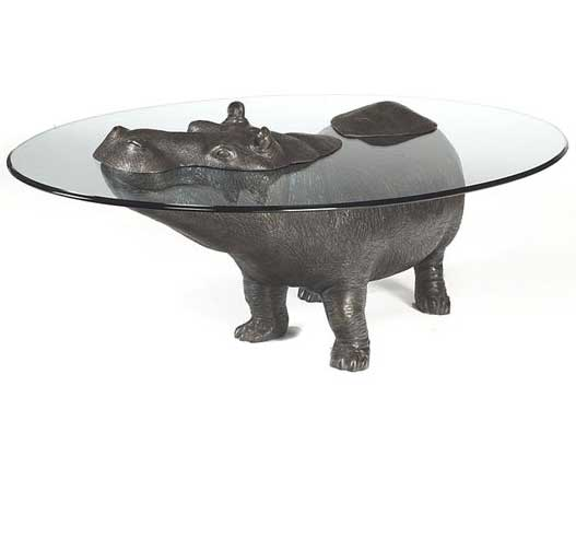 Coffee little tables with bronze figures of animals