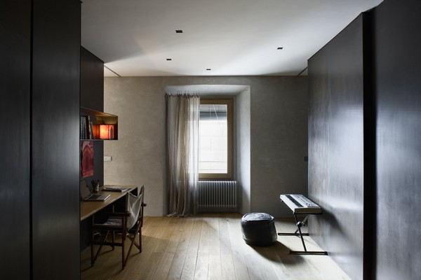 Magnificently fine interiors of a town house after alteration